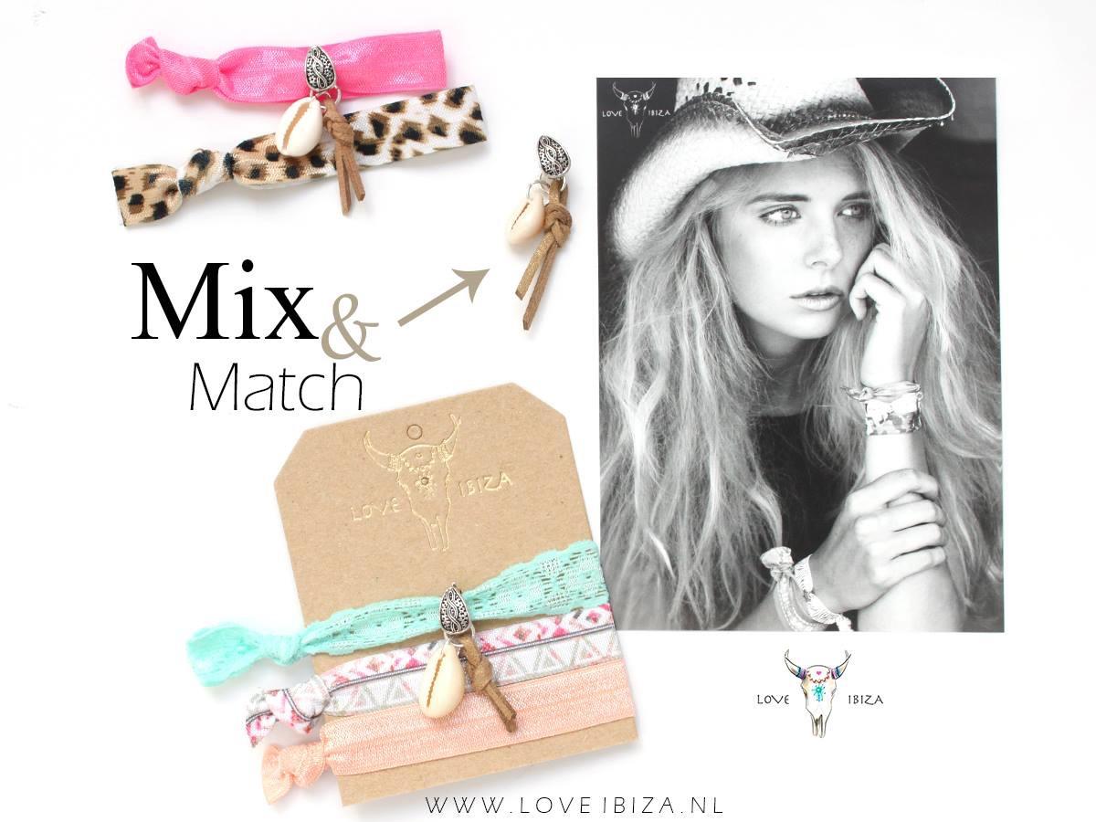 >Nu bij kapsalon MOOI te verkrijgen, de haarelastiekjes/armbandjes van www.loveibiza.nl . Super leuke items voor deze zomer, ook voor de jongere dames! Ze gaan snellll, dus wees er snel bij!